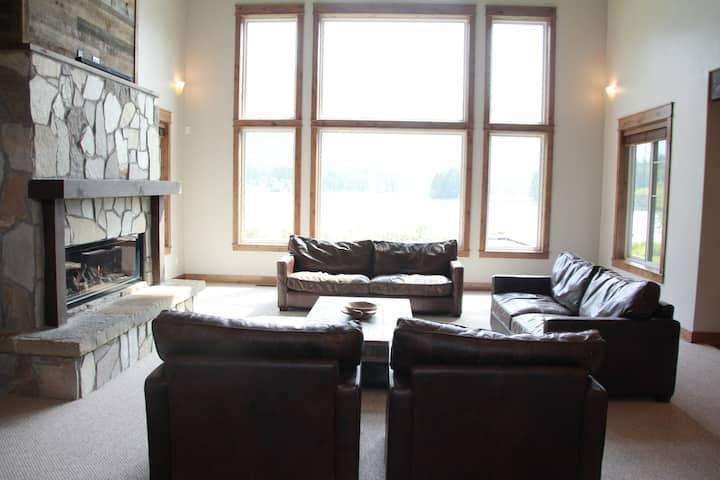 4k sq. ft Lake House on Lake Blaine