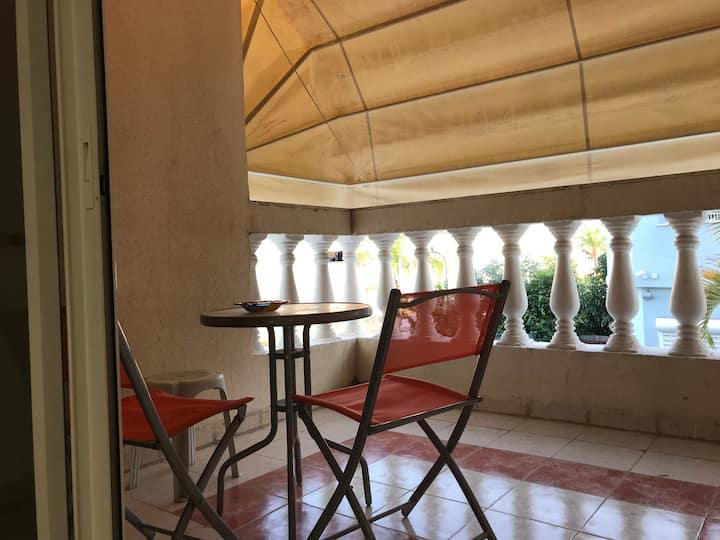 cozy townhouse  in Tel aviv