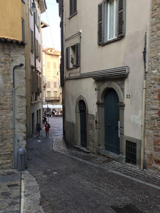 Via Gaetano Donizetti 23