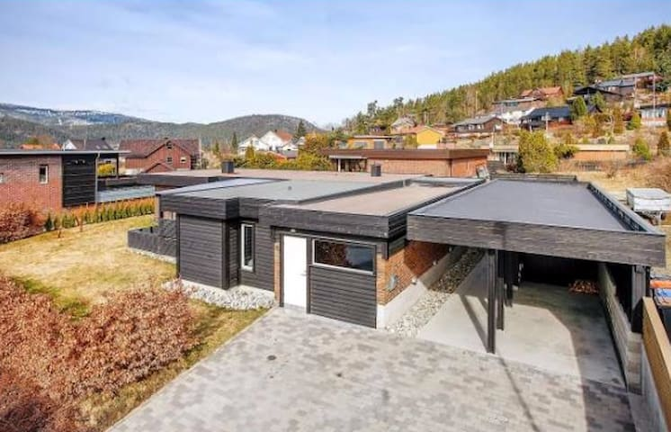 Private, modern apartment - Kongsberg - Apartamento