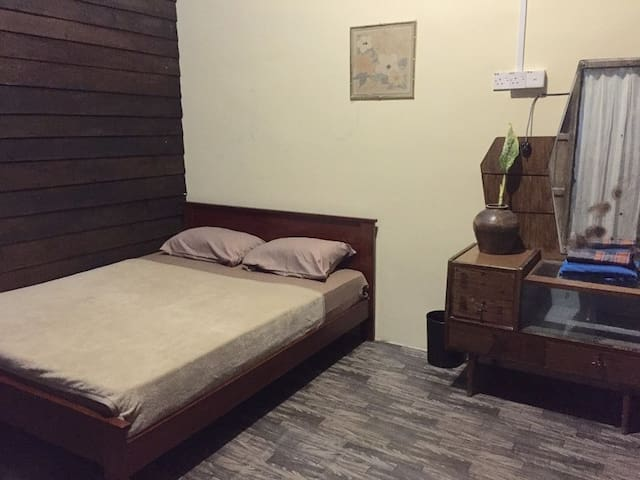 Double room at a theme guesthouse in Gopeng (1) - Gopeng - Aamiaismajoitus
