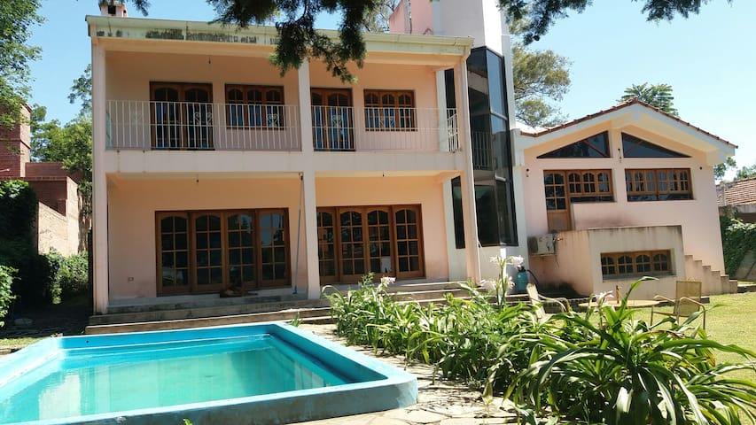 Hospedaje, casa compartida en San Lorenzo, Salta