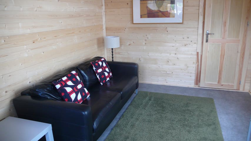 Comfy cabin Virginia Water/Wentworth - Virginia Water - Chalet