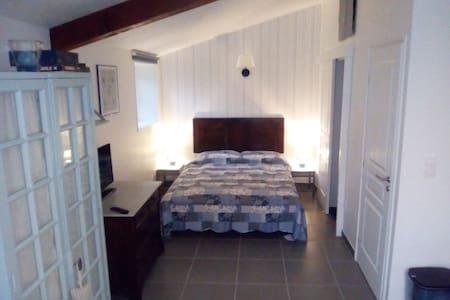 Voyage d'affaires ou vacances: Studio près Cognac