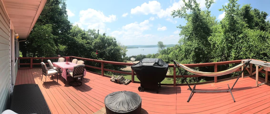Panoramic view of the back deck. There's plenty of room for everyone to relax!