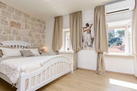 Dubrovnik Finest apartments 2 - ดูบรอฟนิก - อพาร์ทเมนท์