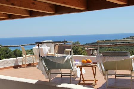 Little paradise with breathtaking view - Santa Margherita di Pula