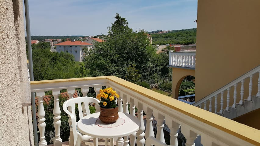 Apartments Perišić / One bedroom A4 - Malinska - Apartamento
