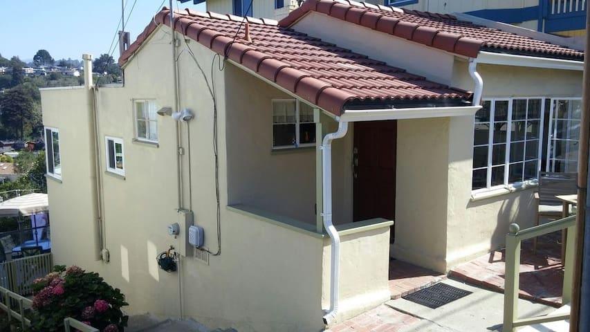 Anderson Beach House