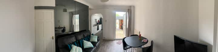 Single bedroom near Medway hospital C