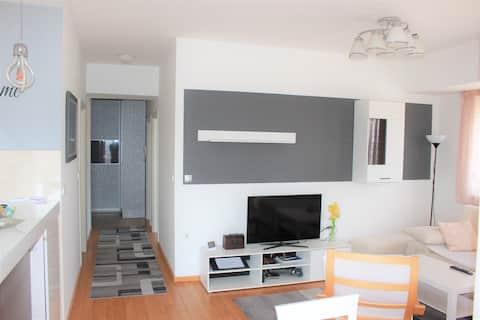 Isitea modern lägenhet med 2 sovrum - självincheckning
