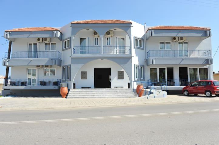 Maritime  Hotel Apartments ( Apart 1 bedroom 3pax)
