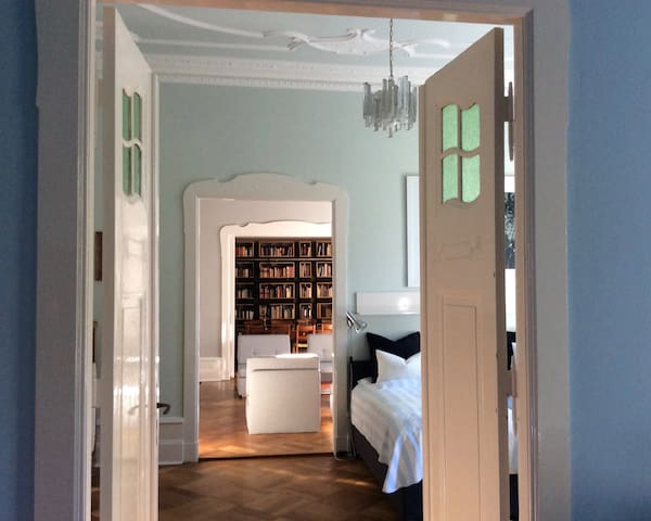 Roomy and cosy suite for up to 7 people