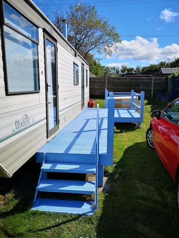 Unique Static Caravan Hemsby short walk from beach