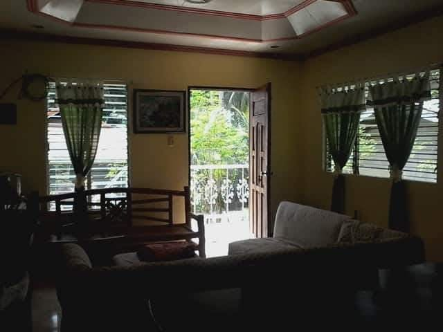 Bungalow house in Unidos Camotes Island