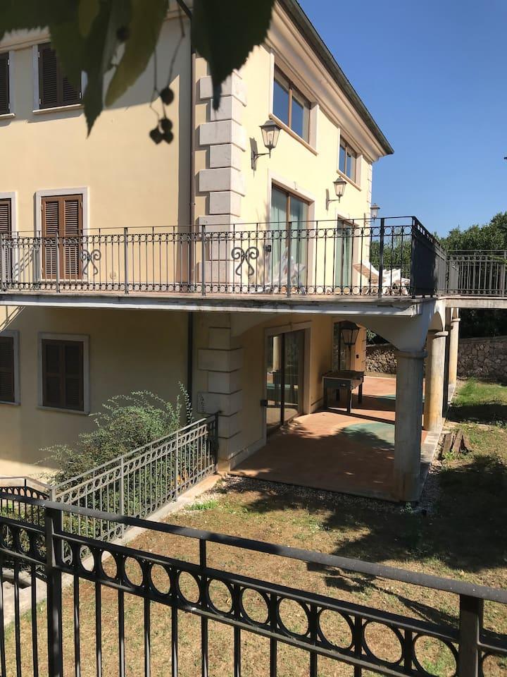Splendida Villa del 900  Parco Nazionale Abruzzo