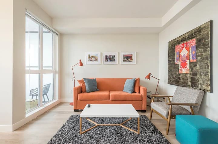 *New* Chic modern condo downtown.