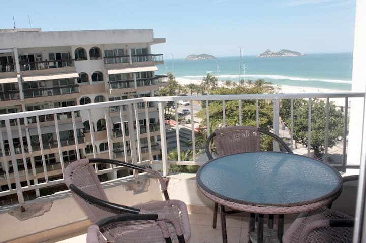 Apartamento em frente a praia
