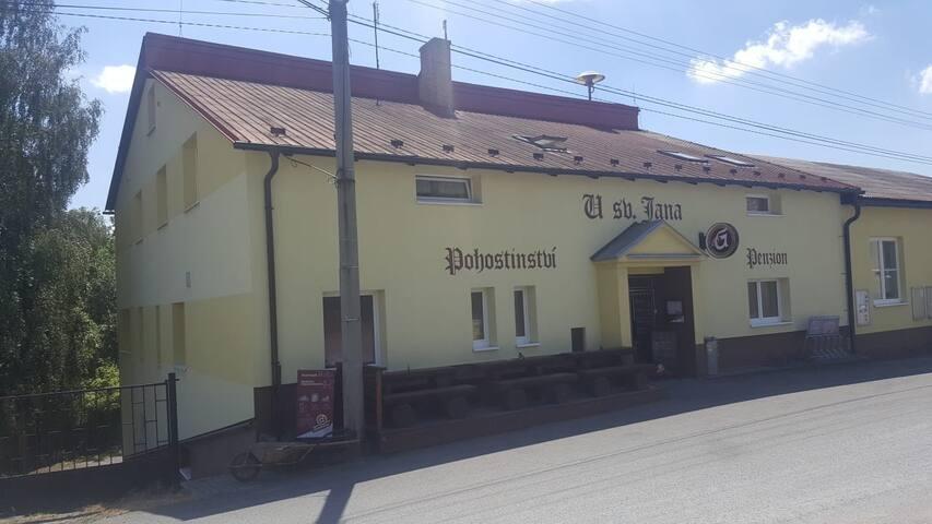 Brdy,Cykloturismus,Česká kuchyně a Plzeňské pivo!