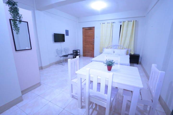 Affordable Studio Apartment stay in Calamba Laguna