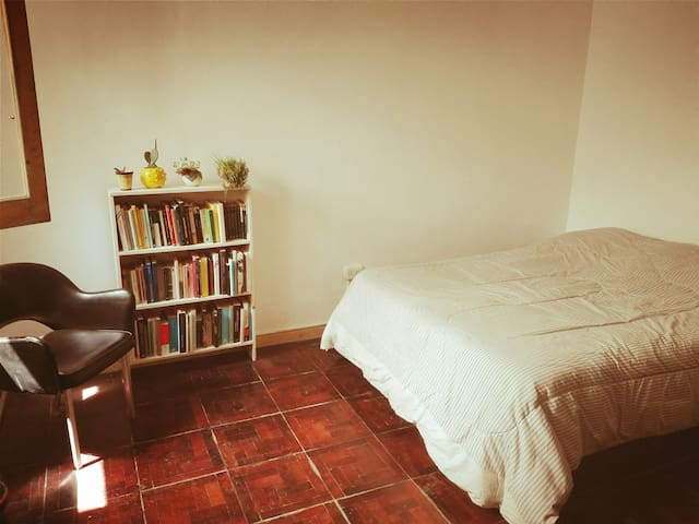 Habitación privada en casa, La Plata