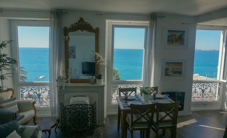 Charming studio 30 m2 on the beach - Cagnes-sur-Mer - Lägenhet