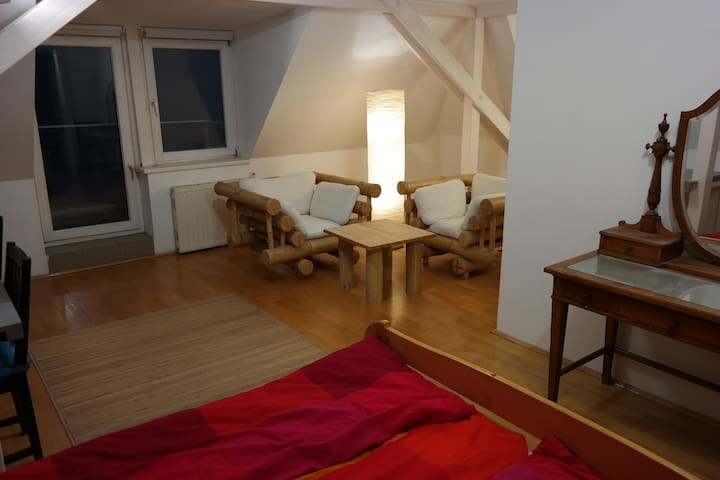 Cosy Double Room - Budapest - Bed & Breakfast