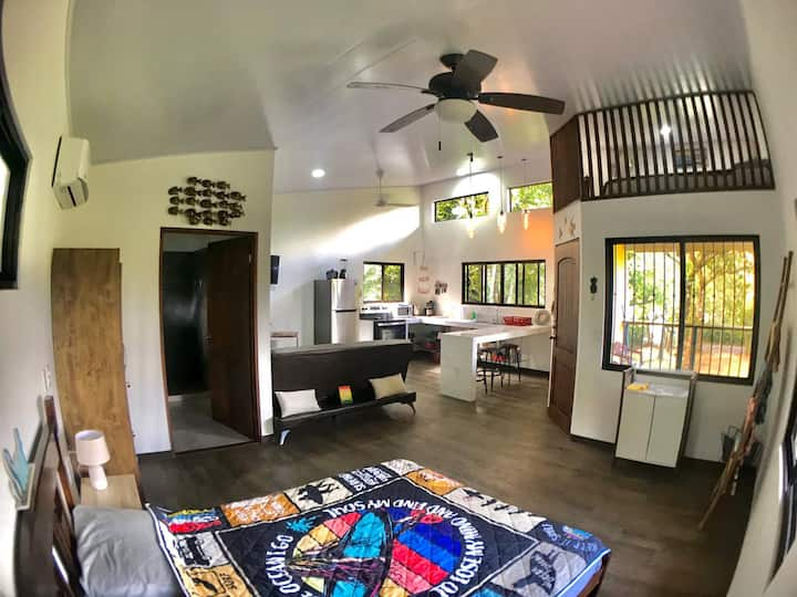 BRAHMAN Modern BUNGALOW in Pavones Point, SURF