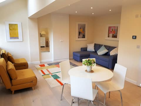 Self contained flat in Henley on Thames