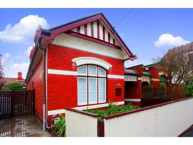 Large room in charming, period home - Saint Kilda - Dom