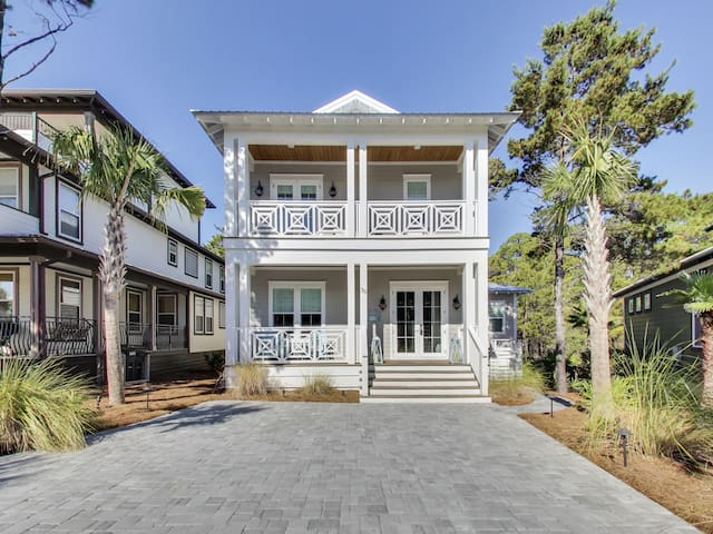 New!!! Beach Home At Seacrest, 5 Bd/4 Bth Sleeps 14, Lagoon Pool