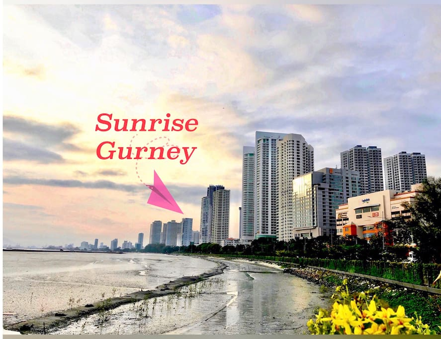 Located at the Gurney Drive! Just a few blocks away from Gurney Paragon and Gurney Plaza shopping mall
