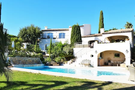 Villa Chenelle - Experience Fully Catered Luxury - Saint-Tropez