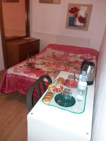 Barcelona Central safe doble room.