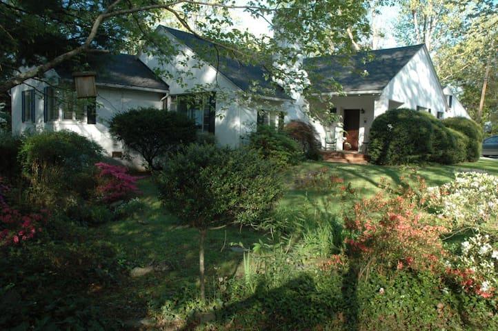 Ridgecrest House