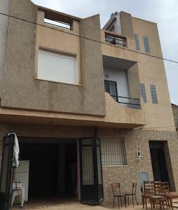 Appartement F3 au rez de chaussée - Marsa ben mhidi - Wohnung