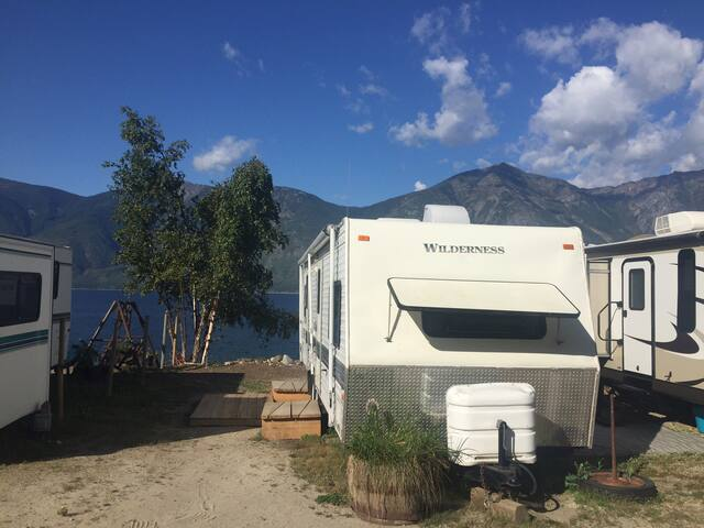 Waterfront Camping on Kootenay Lake