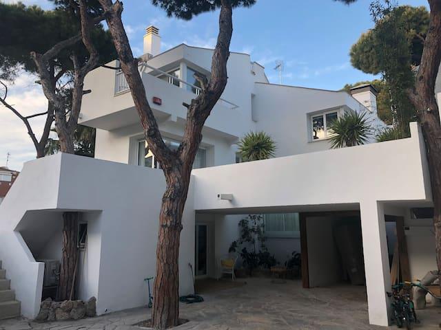 Beach house 15 min. from Barcelona