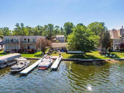 Sylvan/Otter Lakefront Ranch with boat dock