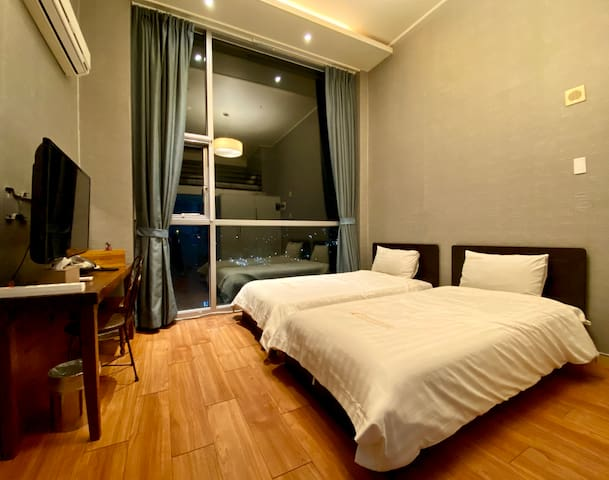 [Myeong-dong]明洞 Merlin Hotel Deluxe Twin#3