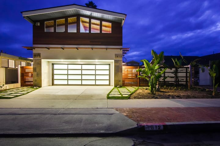 The Endless Summer Estate: 5 bedrooms 3 baths - Del Mar - House