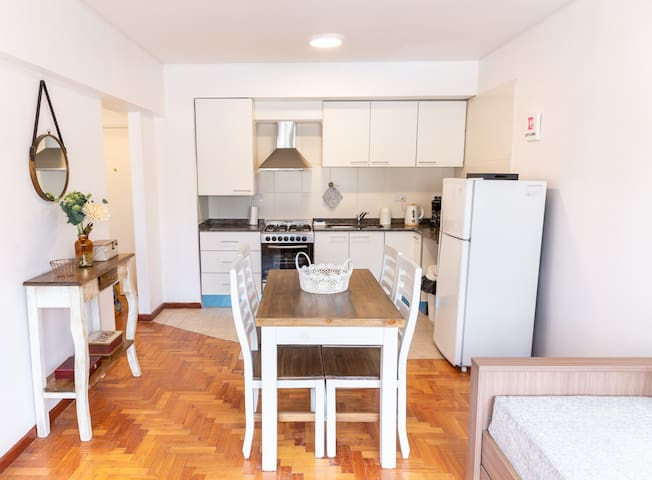 Bright apartment great for walking the city