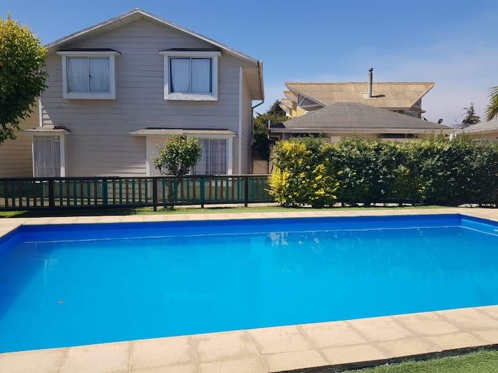Cabañas con piscina Quisco Norte