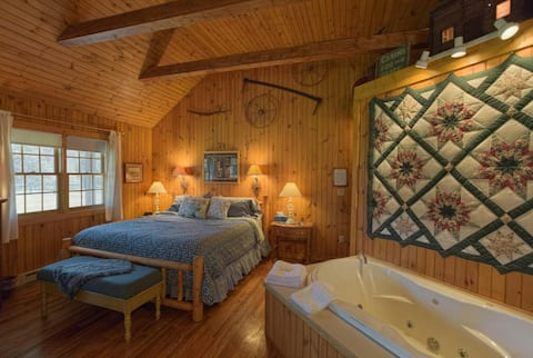 Deerfield Honeymoon Cottage