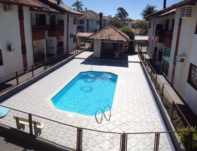 Quarto casal, piscina-5 mins praia - Florianópolis - Apartemen