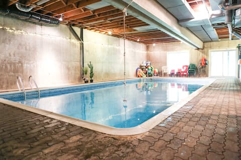 Sauna and Indoor Pool!  Hike, Swim, Fish, Relax!