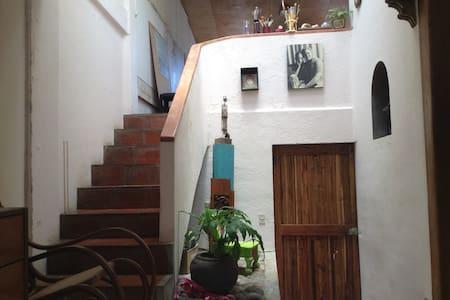 La Casa de la pintora - Santa Tecla