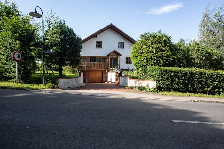 Serene Holiday Home in Bad Tatzmannsdorf with Garden