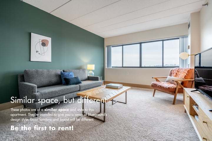 Roomy Brighton 1BR w/ Gym, W/D in bldg by Blueground