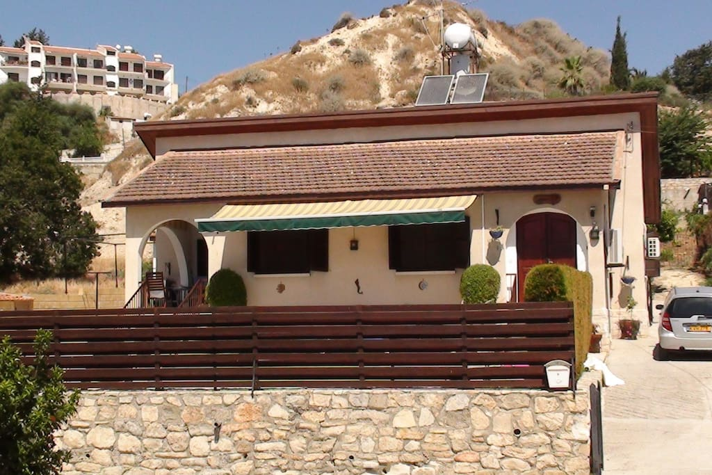 Bed Villa Pissouri Cyprus